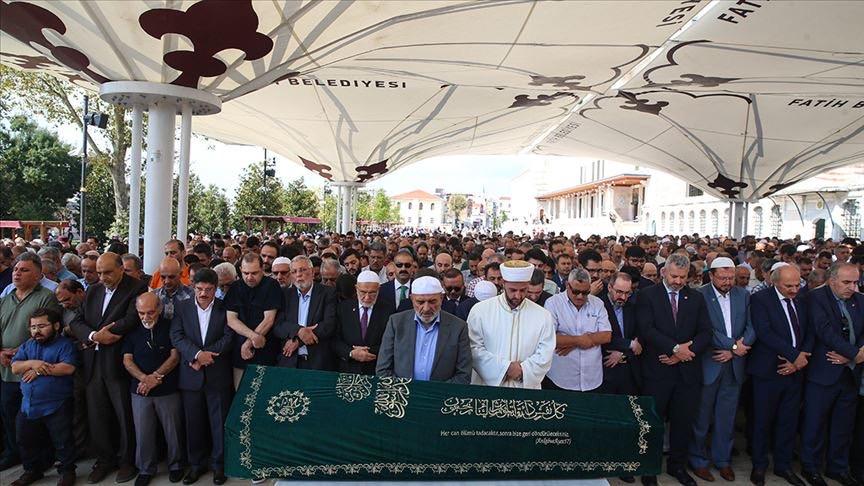 صلاة الجنازة على الشيخ مصطفى الطحان